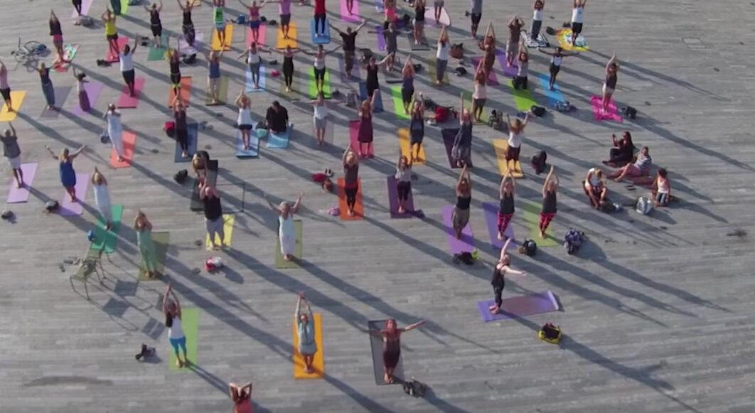 yogaflashmob